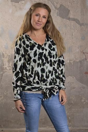 Tunikor till dam - köp din tunika från Fanny Michel 35a8e34f95c6c