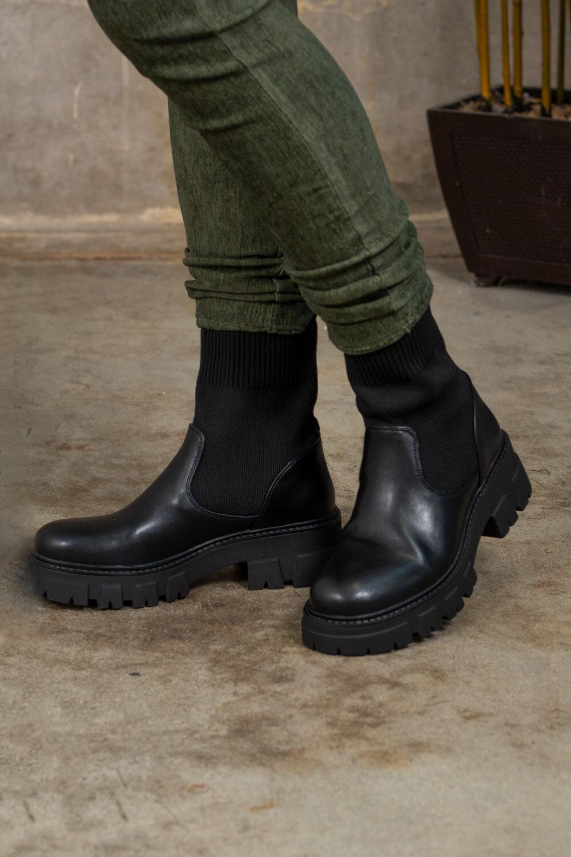 Boots RQ371 - Svart