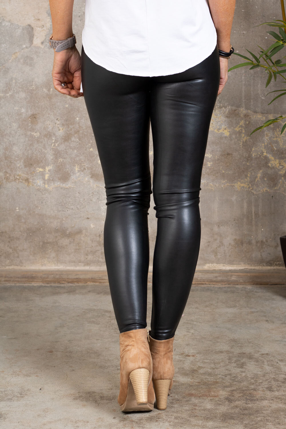 Fejkskinn leggings - VS18001 - Svart