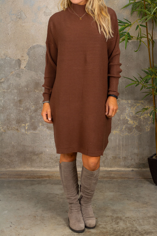 Gunilla Ribbstickad klänning - Choco