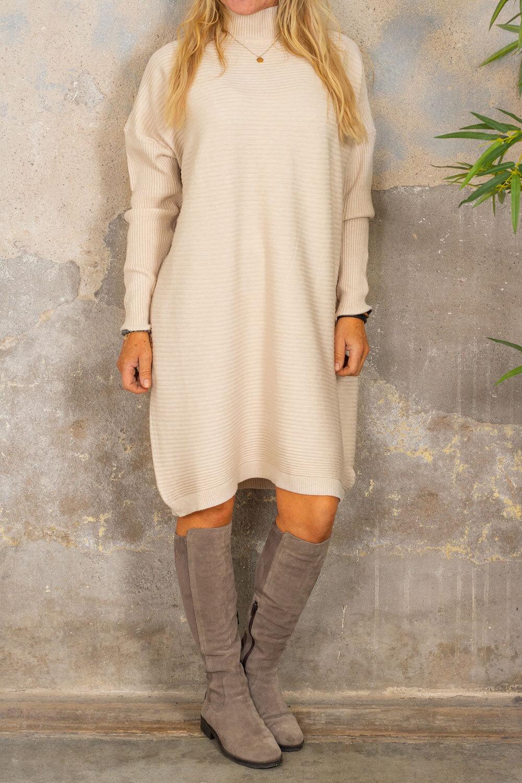 Gunilla Ribbstickad klänning - Cream