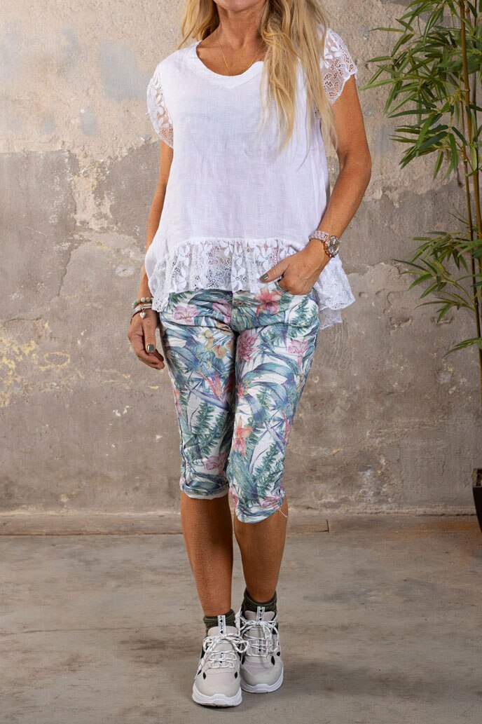 Langa-shorts-1268-F339---Blommor-o-Blad---Cream-hel