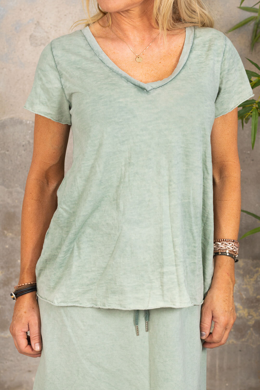 Marina - V-ringad T-shirt - Khaki