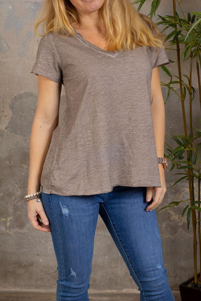 Marina - V-ringad T-shirt - Taupe