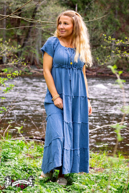 Moa klänning med råa kanter - Blå