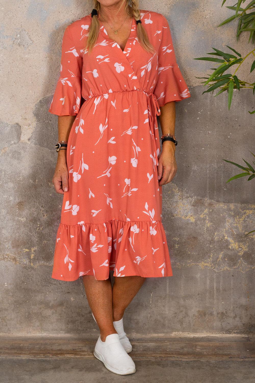 Ramona klänning - Omlott & Blommor - Corall
