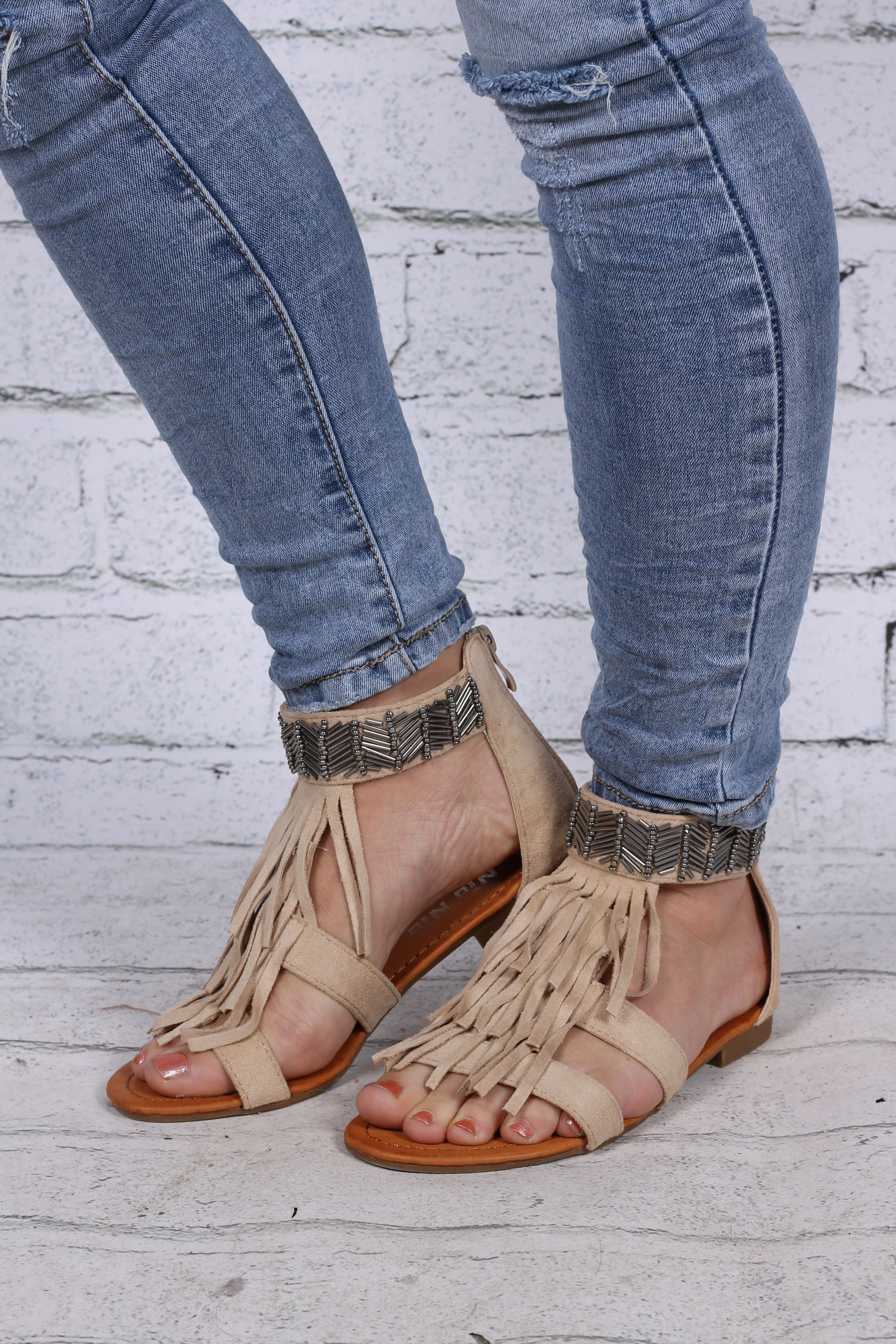 Sandaler med pärlor front