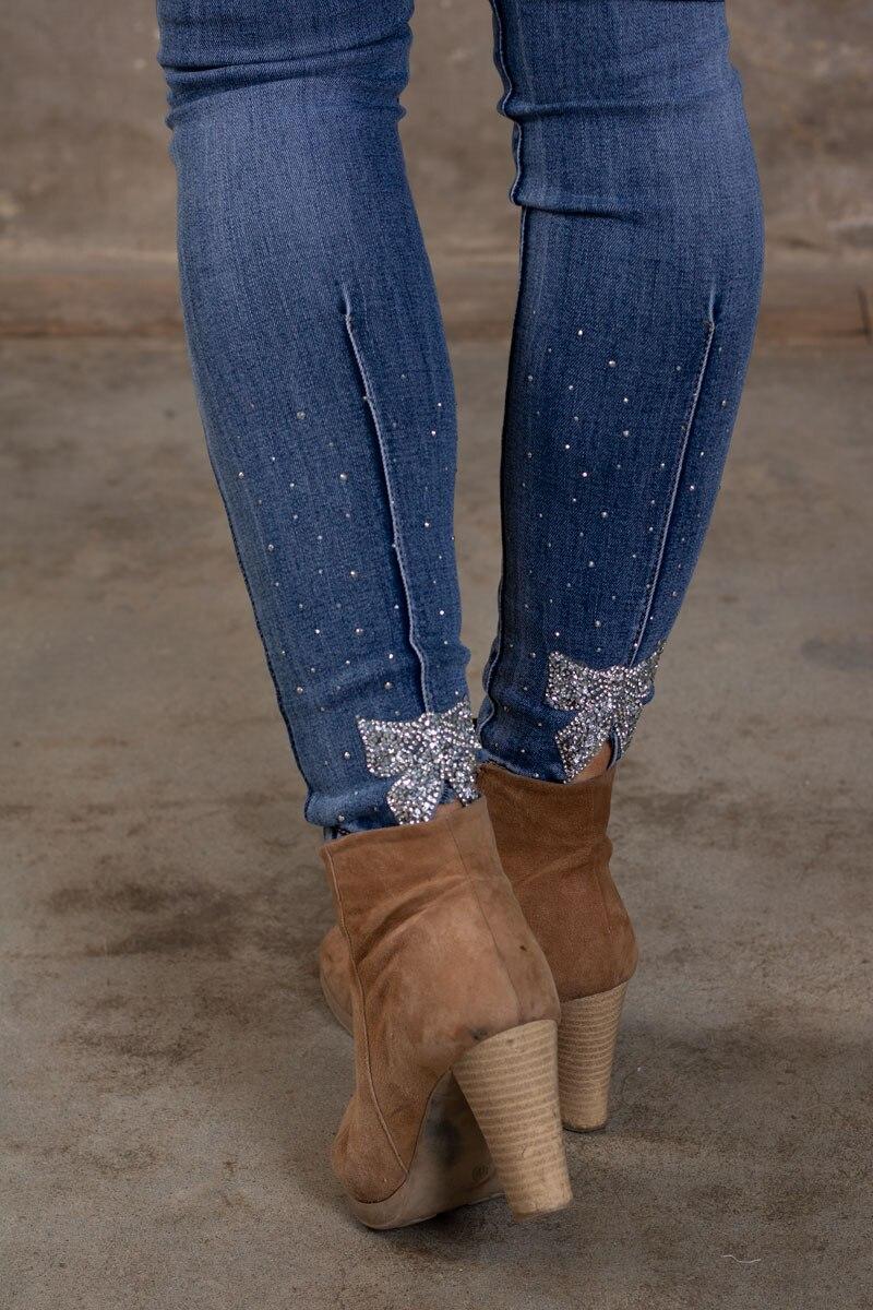 Skinny-Jeans-Ankellangd-RD6636---Strass-rosett---Denim-detalj