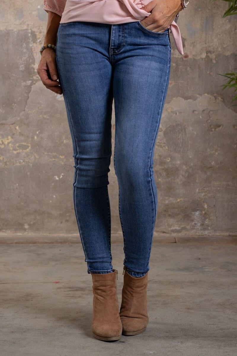 Skinny-Jeans-Ankellangd-RD6636---Strass-rosett---Denim-fram