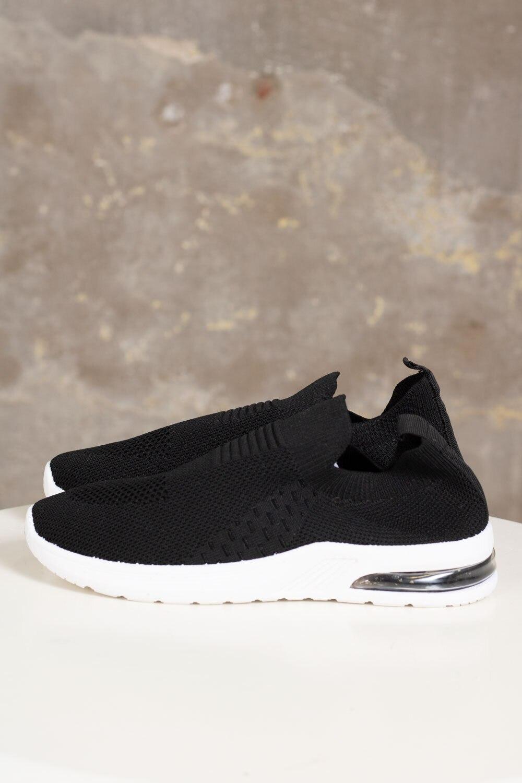 Sneakers 886 - Svart