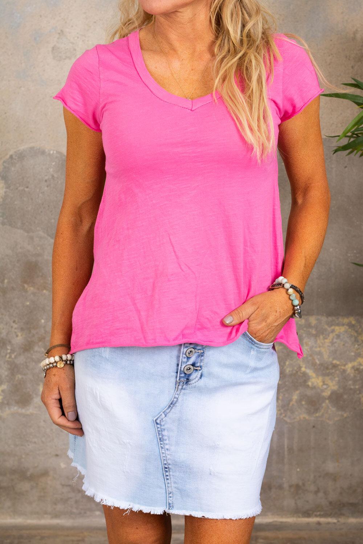 V-ringad t-shirt - Cerise