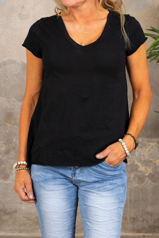 V-ringad t-shirt - Svart