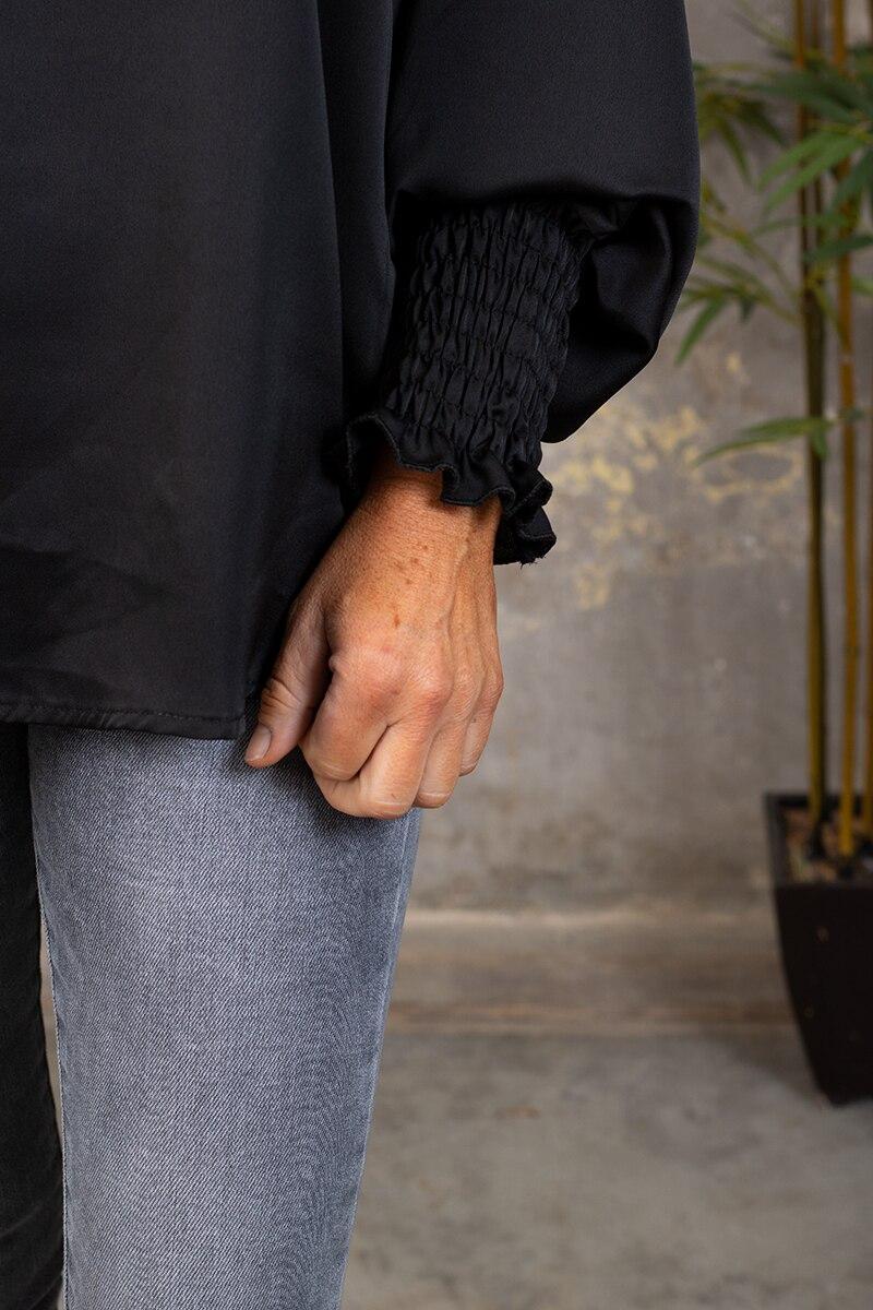 Vanja sidentunika - svart detalj