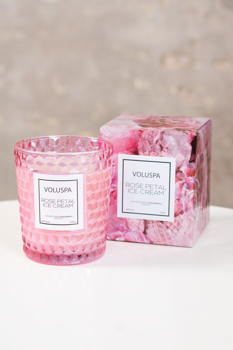Voluspa---Rose-Petal-Ice-Cream---Doftljus