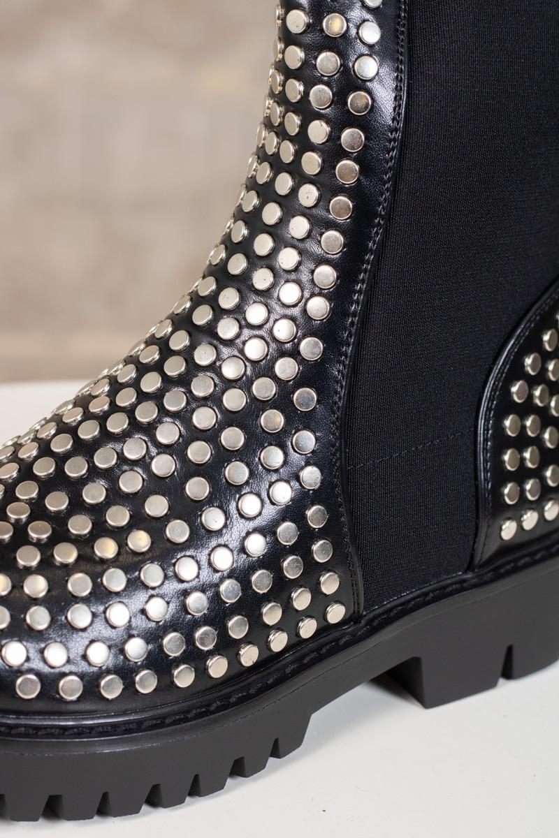 boots-LA162-nitar-svart-detalj