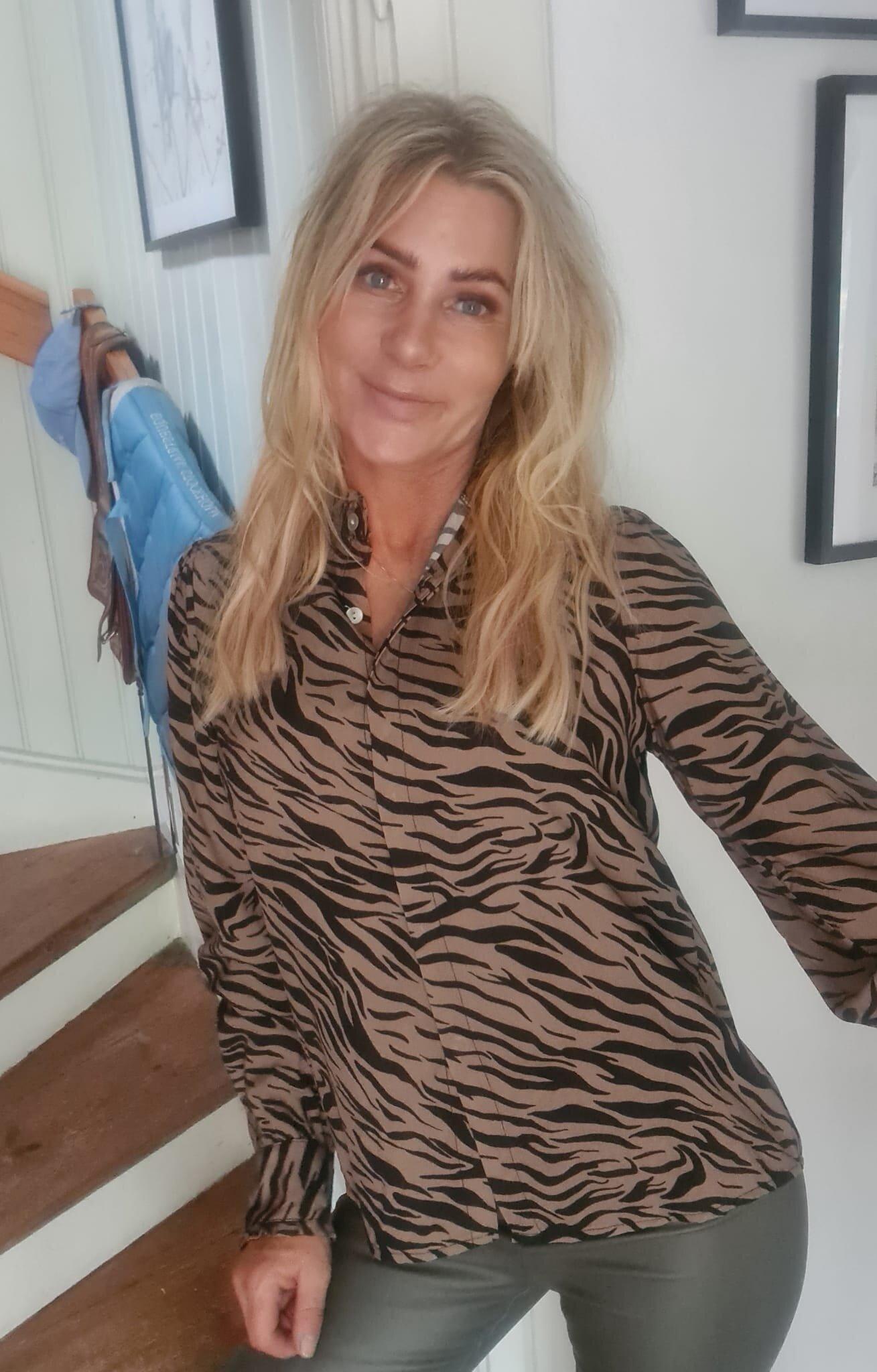 Elaine Blus - Zebra & Volanger - Camel