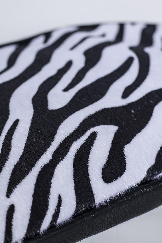 Liten-zebra-vaska-detalj.jpg