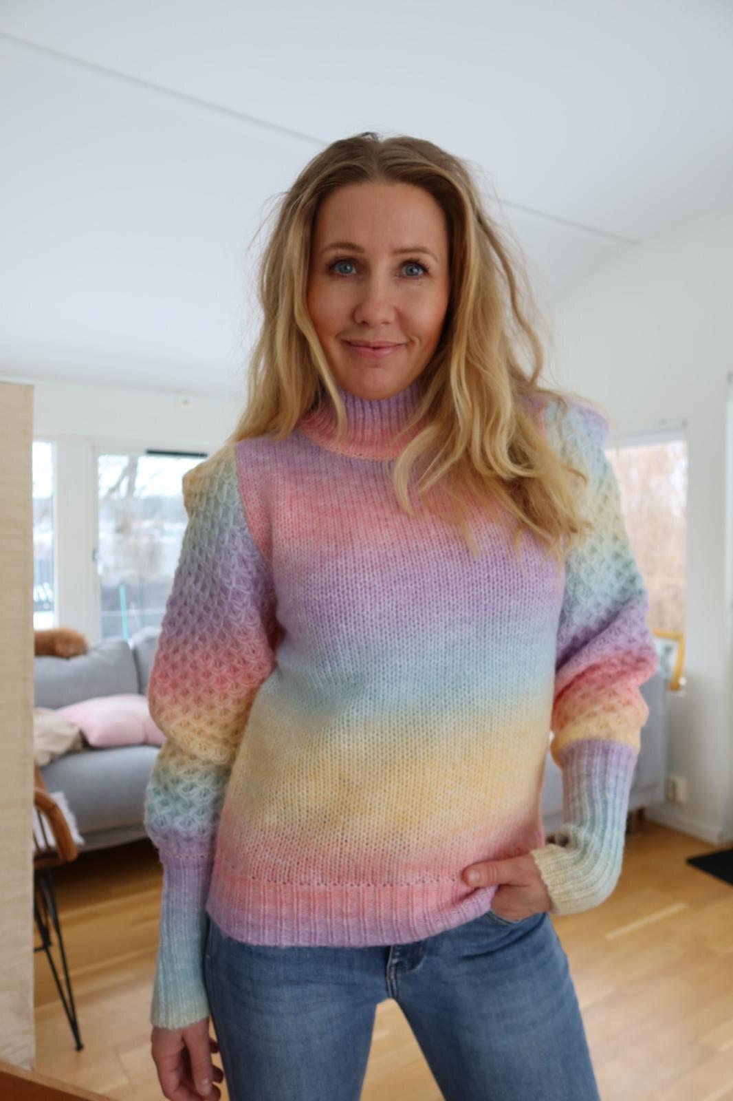 Kimberly stickad polotröja - Rainbow