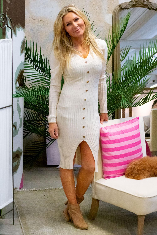 Tamara Stickad klänning - Knappar - Cream
