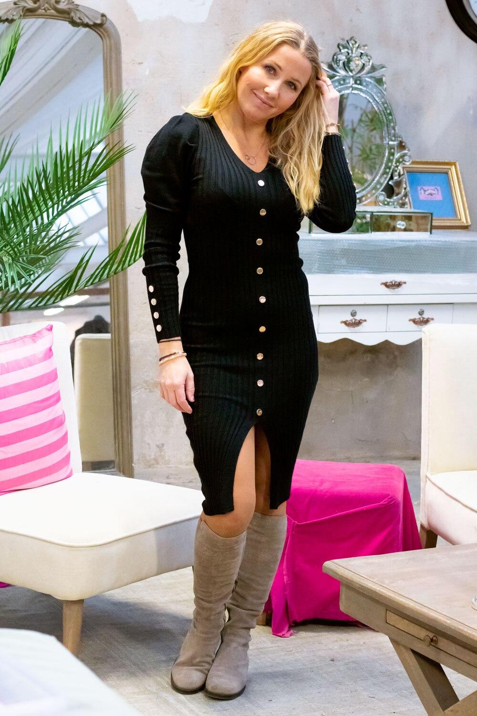 Tamara Stickad klänning - Knappar - Svart